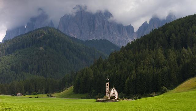 Vilnöstal/Val di Funes