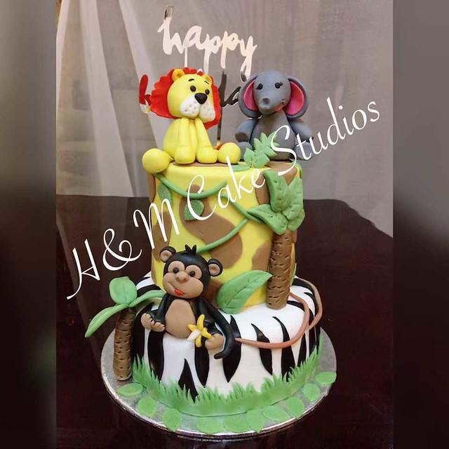 Cake by H&M Cake Studios