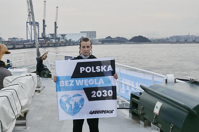 Obrońcy klimatu w porcie w Gdańsku