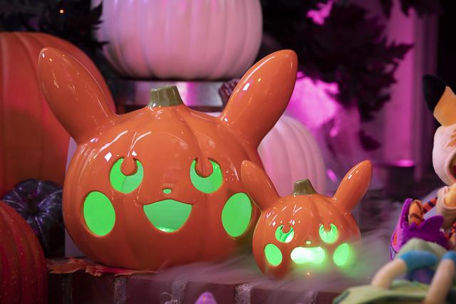 Pokémon Halloween Pumpkin Pikachu Ceramic Tea Light Holders_Lifestyle Image