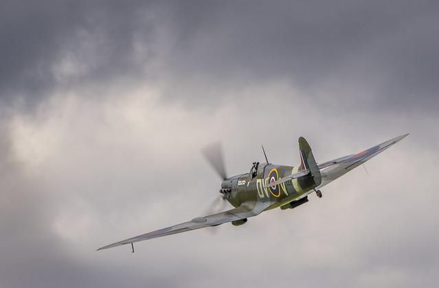 Supermarine Spitfire Takeoff