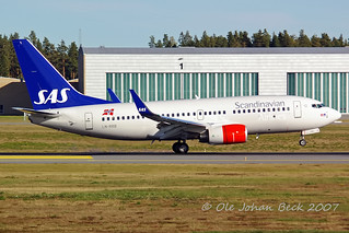 B737-783 LN-RRB at ENGM/OSL 13-09-2007 | by Ole Johan Beck