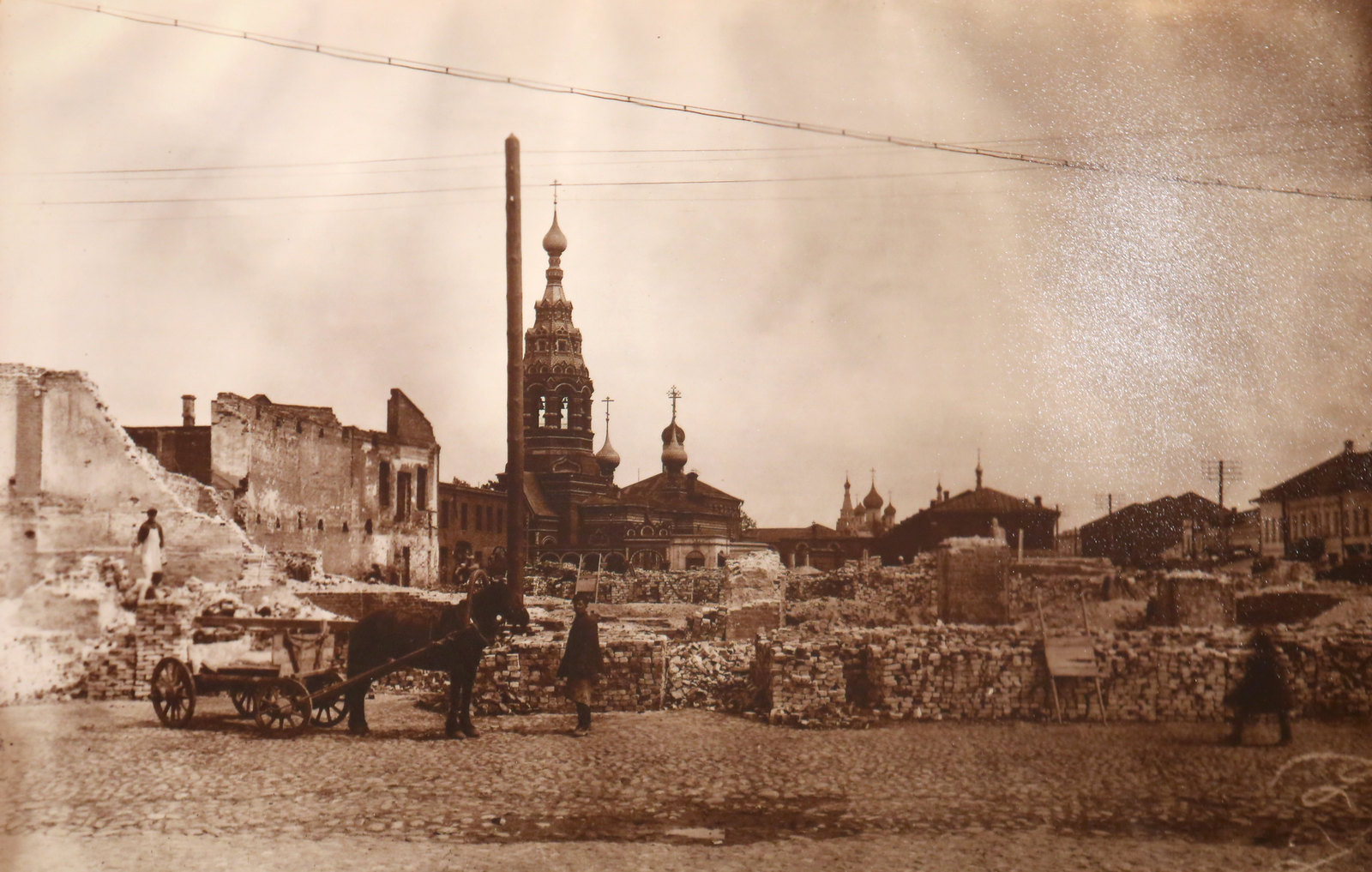 10. Вид на Сретенскую церковь со стороны Казанской улицы