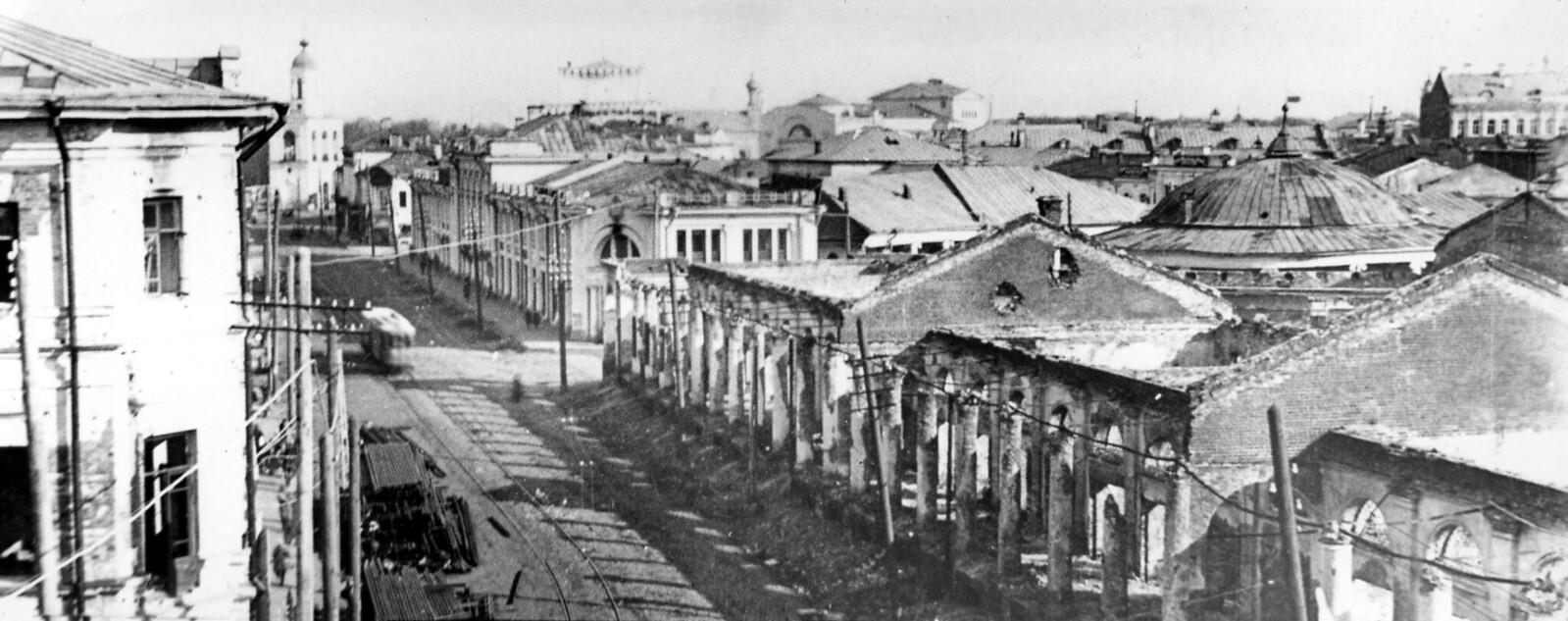 13. Гостиный двор после подавления восстания