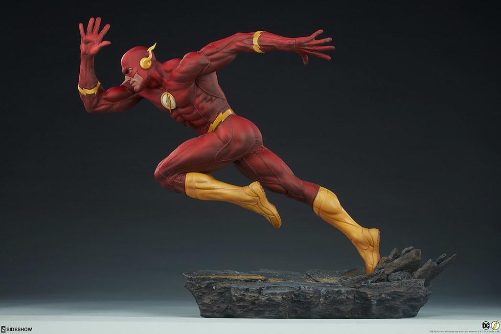 急速奔馳的躍動造型! Sideshow Collectibles Premium Format Figure 系列 DC Comics【閃電俠】The Flash 1/4 比例全身雕像 普通版/EX版