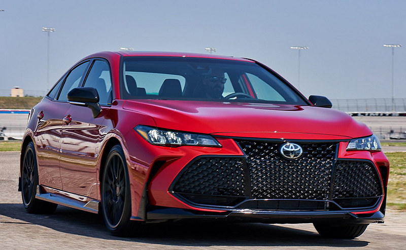 0aac40fd-toyota-camry-and-avalon-trd-13