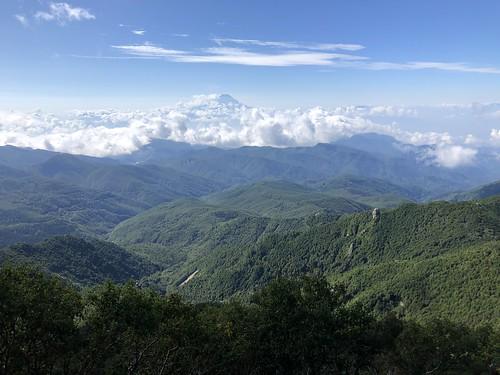 金峰山登山の道中から見た富士山
