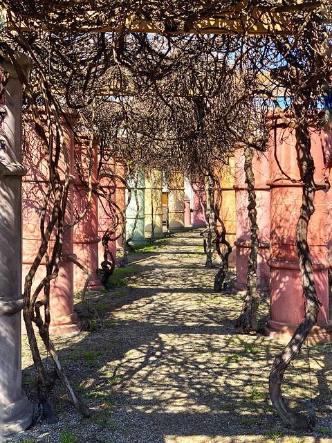 Pillars of pastel