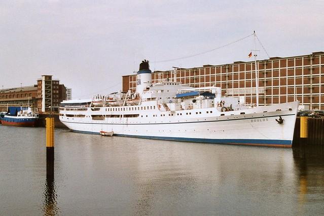 MV DOULOS in Bremen