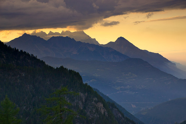 Evening twilight in the Chablais Alps