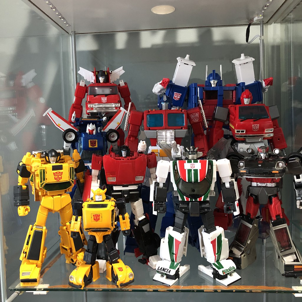 Transformers Masterpiece Autobot Display