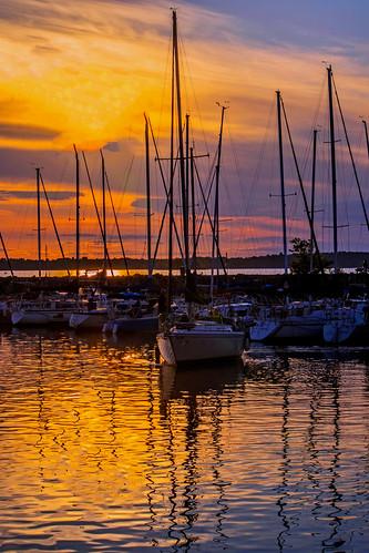 sunset ottawariver riviereoutaouais voiliers boats bateaux reflets reflection fabuleuse