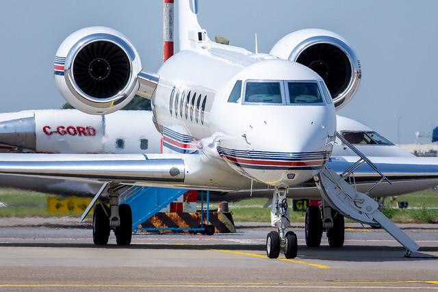 Penske Jet Gulfstream G550 N1RP