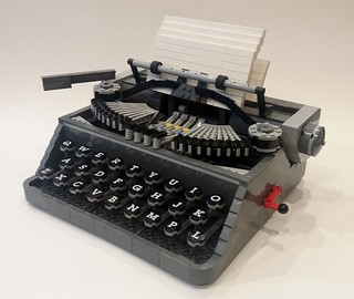 Support this typewriter on LEGO Ideas