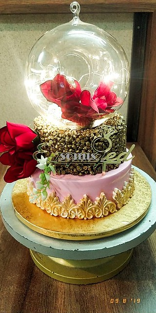 Cake by Sunera Fruitwala of Sonu's Cake Parlour