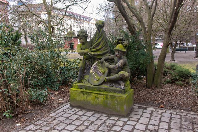 Puttengruppe der Spittelkolonnaden im Köllnischen Park