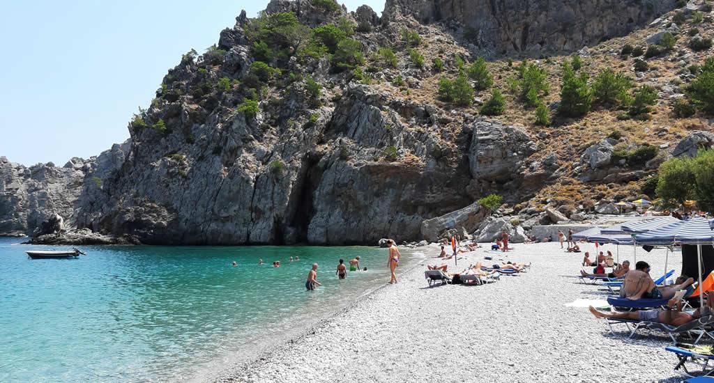 Bezienswaardigheden Karpathos: Achata beach | Vakantie Karpathos