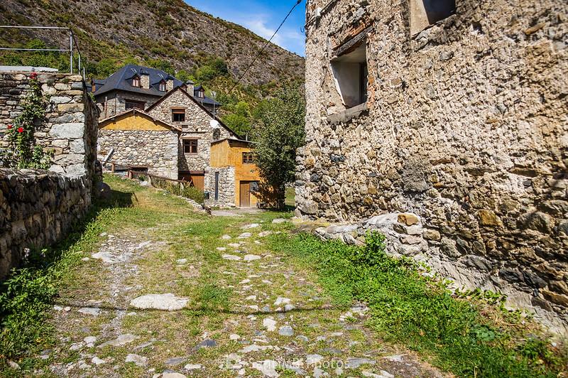 Calle y casas de Erill la Vall
