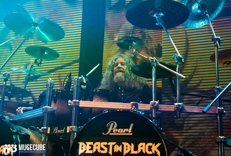 Beast_in_black_051