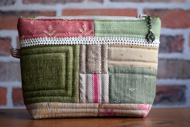 Sample swatch pouch gift