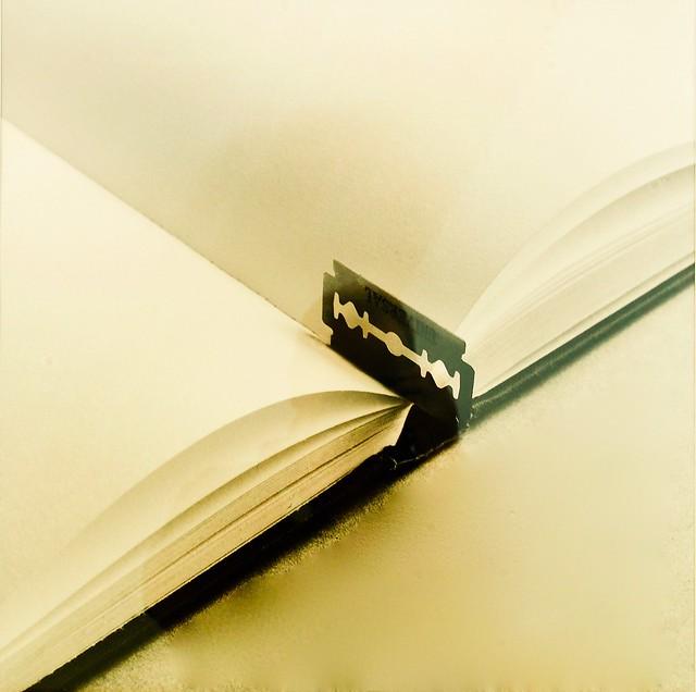 Book with a razor blade (2003) - Chéma Madoz (1958)