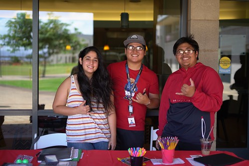 Community & Club Involvement Fair | by University of Hawai'i–West O'ahu