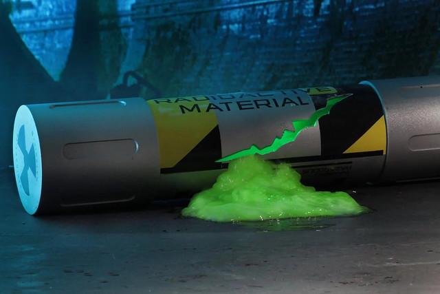 【再販資訊】流出來啦!忍者龜 變異源 NECA TMNT (1990)Mutagen Canister 1:1 電影道具復刻品