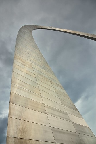 192meters 630feet azimuth184 capturenx2edited cloudy colorefexpro day2 gatewayarch gatewayarchnationalpark gatewaytothewest jeffersonnationalexpansionmemorial landscape lookingsouth lookingup lookingupatsky lookinguptosky miscellaneous mostlycloudy nikond800e northamericaplains outside overcast ozarkhighlands ozarkplateau project365 steelcatenaryarch talleststructureinmissouri travel triptogatewaymammothcuyahoganationalparks worldstallestarch missouri unitedstates