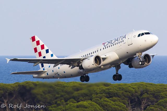 9A-CTG Airbus A319 Croatia Airlines Barcelona airport LEBL 11.08-19