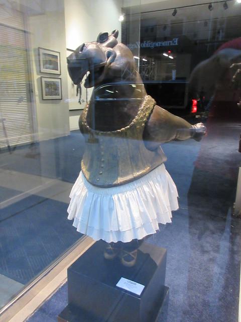 Hippo Ballerina Statue by Bjorn Bkholm Skaarup 0804