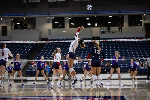 Belmont Volleyball vs Lipscomb 2019