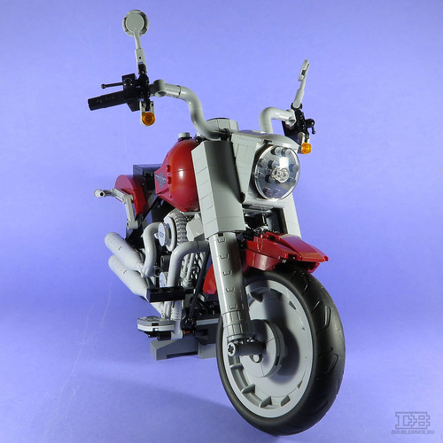 LEGO Creator Expert 10269 Harley-Davidson Fat Boy Review-19 | by DoubleBrick.ru