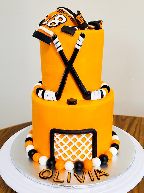 Hockey Cake by Cakin' it Special
