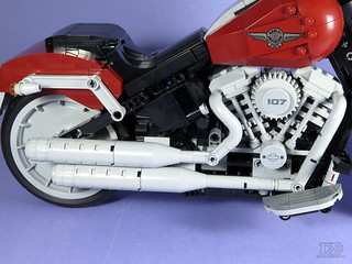LEGO Creator Expert 10269 Harley-Davidson Fat Boy Review-28 | by DoubleBrick.ru