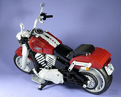 LEGO Creator Expert 10269 Harley-Davidson Fat Boy Review-22 | by DoubleBrick.ru