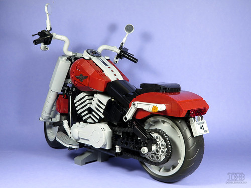 LEGO Creator Expert 10269 Harley-Davidson Fat Boy Review-17 | by DoubleBrick.ru