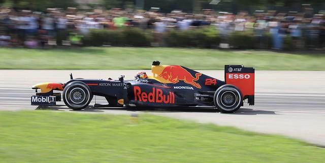 Formula 1 RB 8 Motorsport live at Redbull Raceday in Switzerland