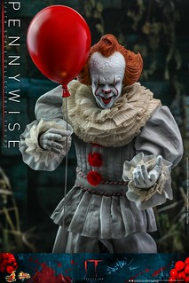 """Time to Float!!"" Hot Toys - MMS555 -《牠:第二章》潘尼懷斯 Pennywise 1/6 比例人偶作品"