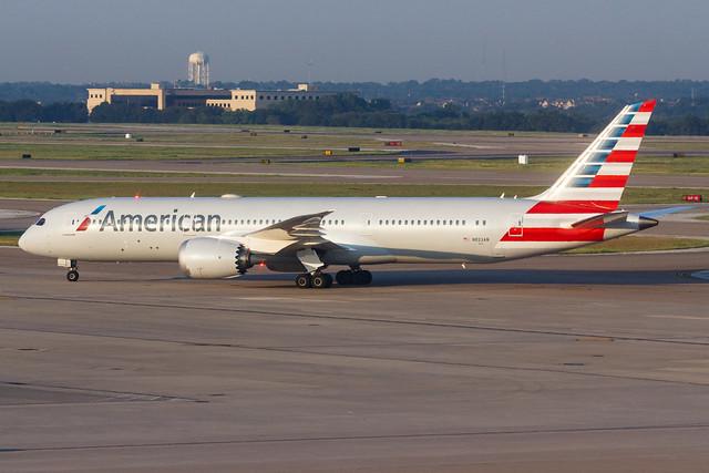 American Airlines B787-9 DREAMLINER N823AN 002