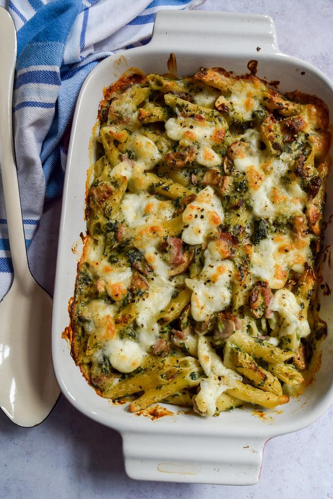 Creamy Bacon, Mushroom & Spinach Pasta Bake
