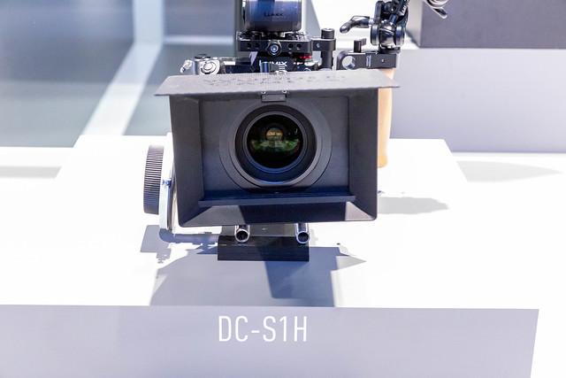 Wechselobjektivkamera: Fotoapparat Panasonic Lumix DC-S1 H für 6k-Videos