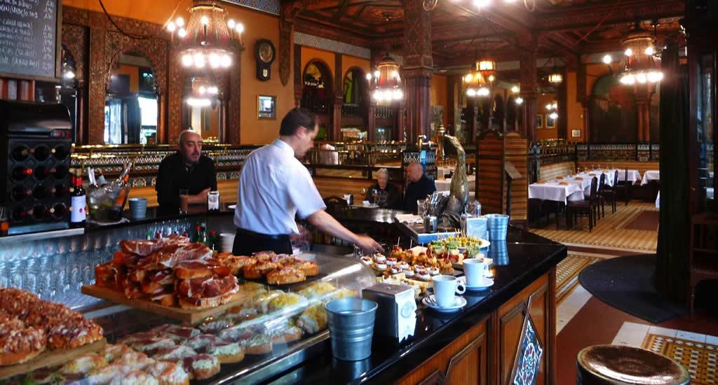 Lunchen in Bilbao: Café Iruña | Mooistestedentrips.nl