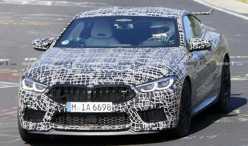 bmw-m8-with-additional-rear-wing-spy-photo (1)