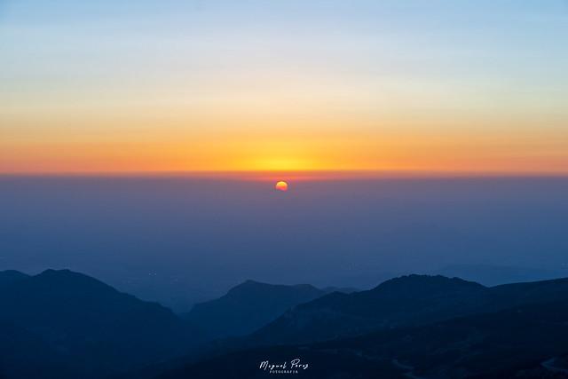 Ocaso desde Sierra Nevada