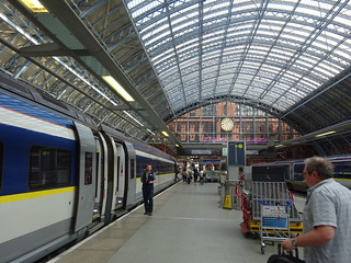 London Sint Pancras station with Eurostar to Amsterdam | by Zugführer
