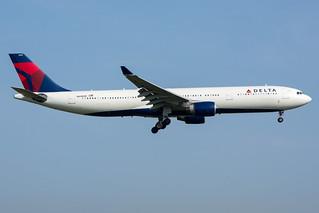 Delta Air Lines A330-323E N818NW