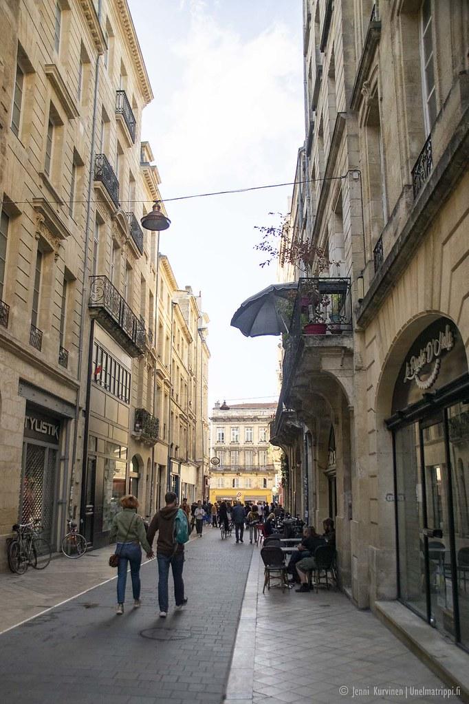 Bordeauxin vanhan keskustan katunäkymää