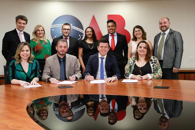 10.09.2019 - Assinatura de contrato da Subseção de Itaquera