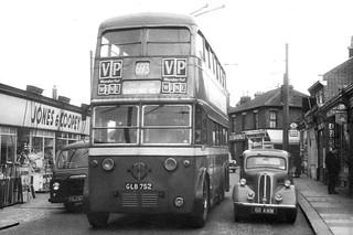London Transport GLB752