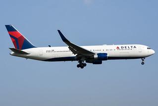 Delta Air Lines 767-332ER N184DN
